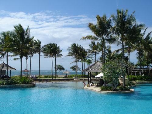>>巴厘岛港丽酒店泳池海景