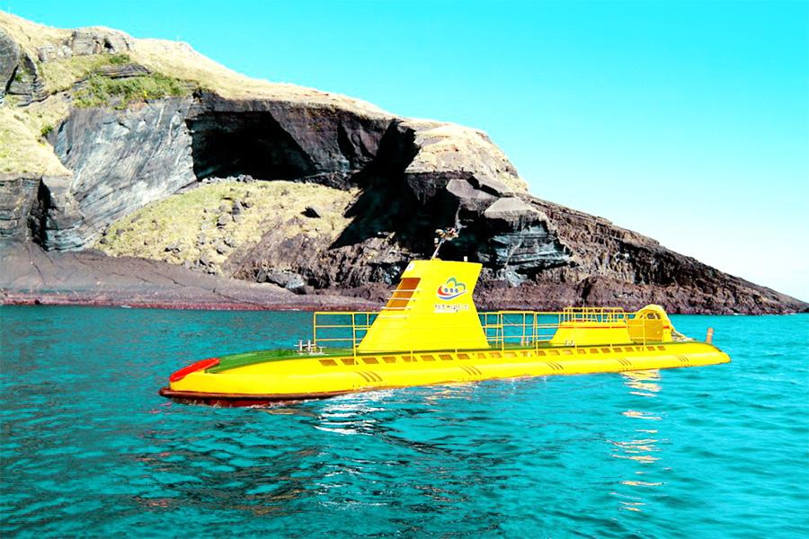 牛岛潜水艇